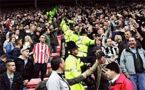 Last Sunday, for the first time in twelve years, a Premier League match took place at Bramall Lane, the home base of Sheffield United and the oldest stadium in the world still in professional use. A special place in a particular city where the roots of mo